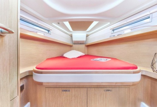 Hanse 418 Owner Cabin